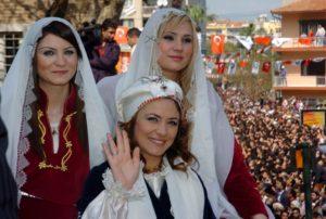 Manisa Mesir Macunu Festivali