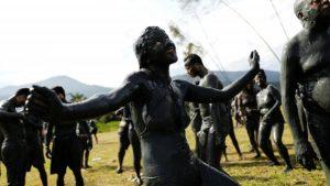 Brezilya Çamur Karnavalı ''Bloco Da Lama'' | Brezilya